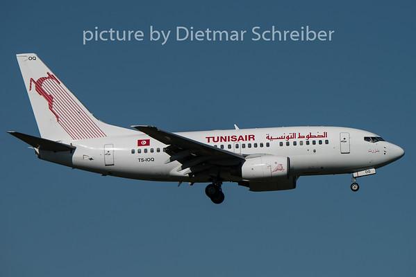 2015-08-29 TS-IOQ Boeing 737-600 Tunis Ar