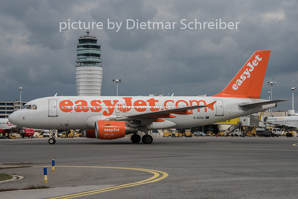 2015-09-30 G-EZAL Airbus A319 Easyjet