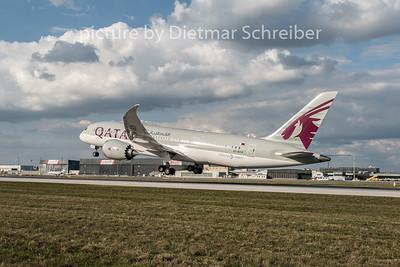 2015-09-29 A7-BCR Boeing 787-8 Qatar Airways