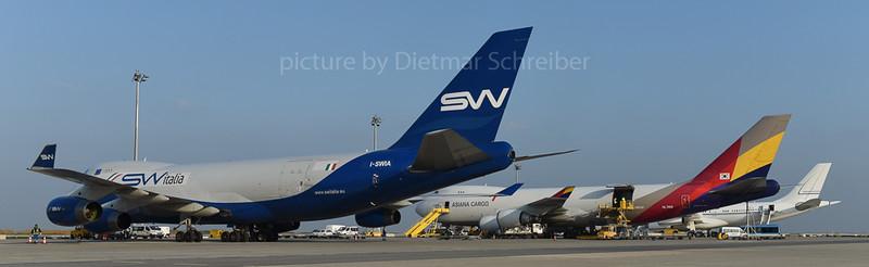 2015-10-30 I -SWIA Boeing 747-400 Silkway Italia
