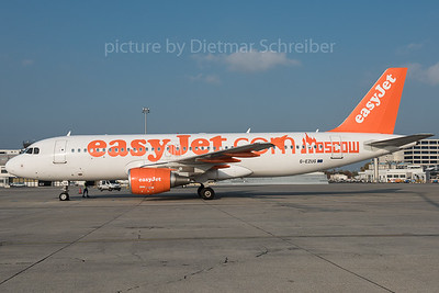 2015-10-30 G-EZUG Airbus A320 Easyjet