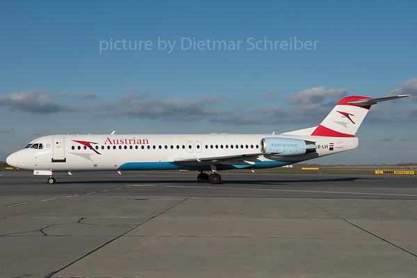 2015-11-24 OE-LVI Fokker 100 Austrian Airlines