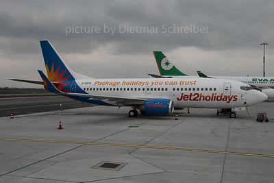 2015-11-27 G-GDFB Boeing 737-300 Jet 2