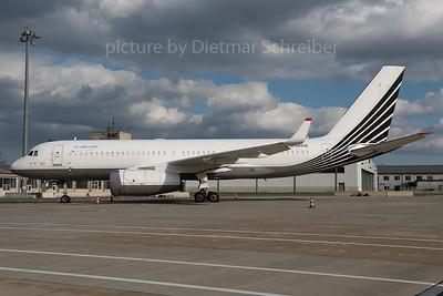 2016-02-26 RA-64010 Tupolev 204