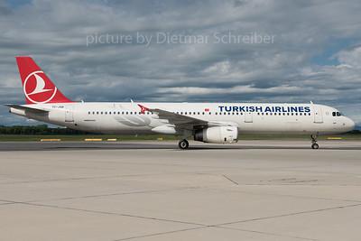2016-05-31 TC-JSB Airbus A321 THY