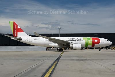 2016-06-30 CS-TON Airbus A330-200 TAP