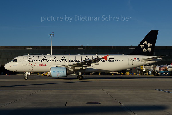 2016-10-31 OE-LBX Airbus A320 Austrian Airlines