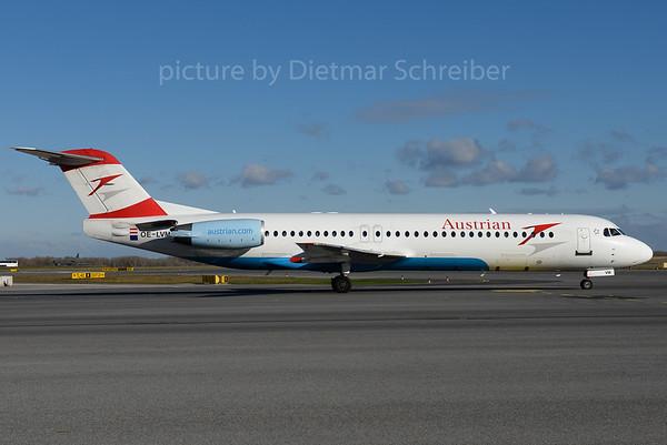 2016-11-28 OE-LVM Fokker 100 Austrian Airlines