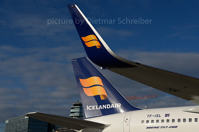 2016-11-28 TF-ISL Boeing 757-200 Icelandair