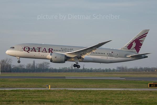 2017-03-31 A7-BCA Boeing 787-8 Qatar Airways