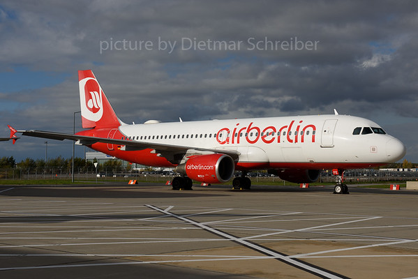 2017-10-30 D-ABFE AIrbus A320 Air Berlin