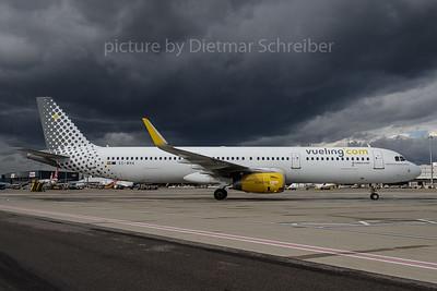 2017-10-30 EC-MHA Airbus A321 Vueling