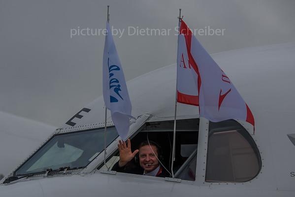 2017-11-29 OE-LVE Fokker 100 Austrian Airlines