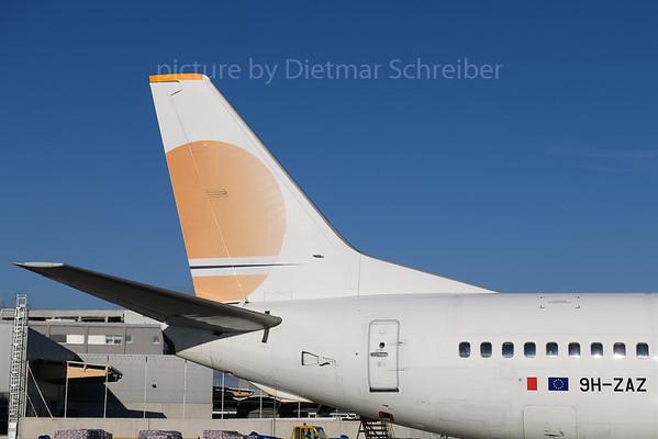 2017-12-29 9H-ZAZ Boeing 737-400 Air Horizont