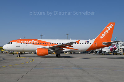 2018-02-24 OE-IJP Airbus A320 Easyjet Europe