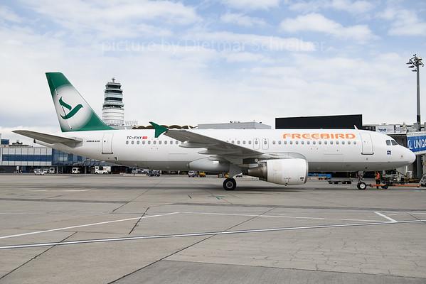 2018-03-29 TC-FHY Airbus A320 Freebird
