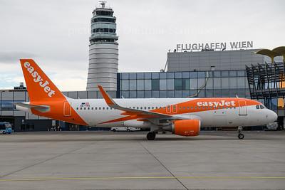 2018-03-29 OE-IVS Airbus A320 Easyjet Europe