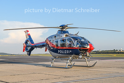 2018-07-31 OE-BXA Eurocopter 135 Austrian Police