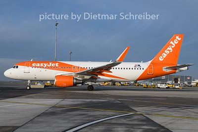 2018-11-30 OE-IJN Airbus A320 Easyjet Europe