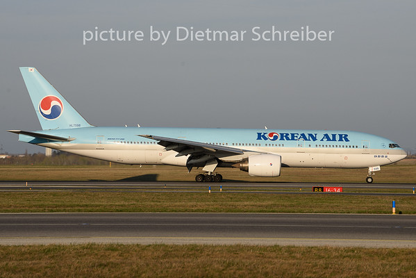 2019-03-30 HL7598 Boeing 777-200 Korean Air