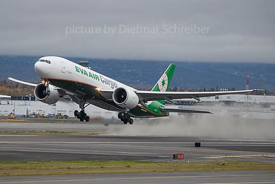 2019-09-30 B-16781 Boeing 777-200 Eva Air