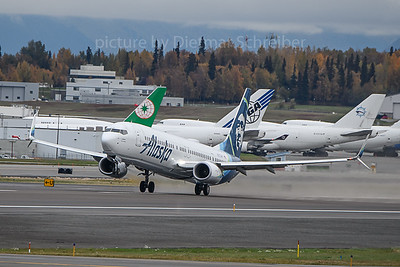 2019-09-30 N273AK Boeing 737-900 Alaska AIrlines