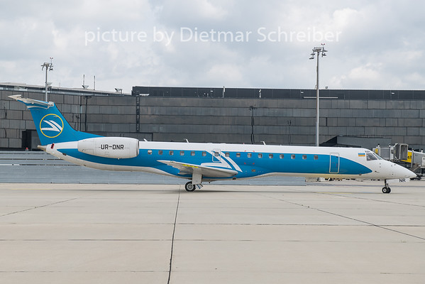 2020-05-29 UR-DNR Embraer 145 Windrose