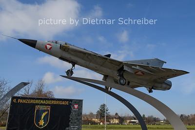 2020-11-24  11 / 35340 Saab Draken AUstrian AIr Force