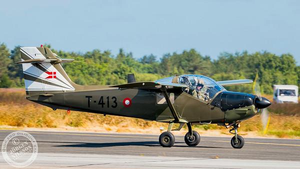 Saab T-17