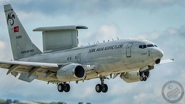 Boeing 737-7ES Peace Eagle