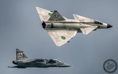 JAS39C Gripen and AJ37 Viggen