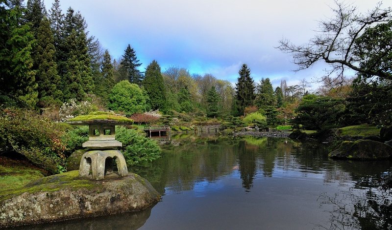 28 Mar 2010: Taken at the Japanese Garden at the Arboretum in Seattle. I took a similar shot from this same location a few months ago, but now the spring colors are out.