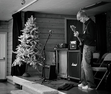 Joel's performance at Diane DeYoung's Mercedes Club Christimas party