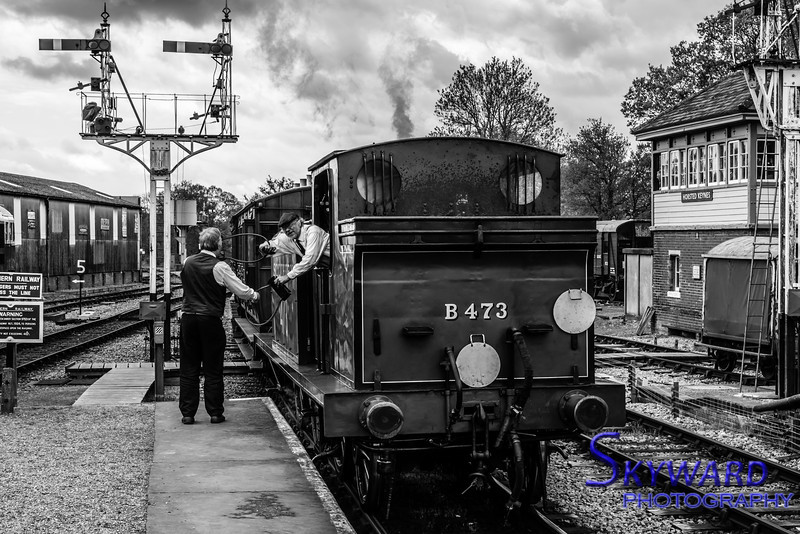 E4 No 473, approaches Horsted Keynes, Bluebell Railway