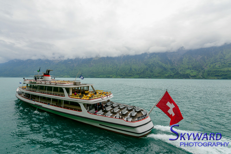 Cruising Lake Brienz