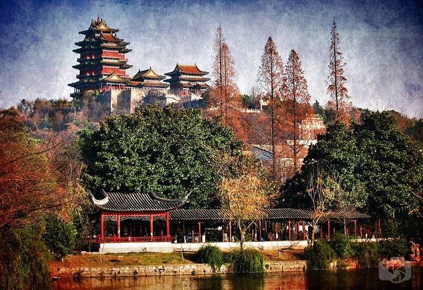 Xiuqiu Park & Yuejiang Tower - Overlooks the Yangtze River 2010