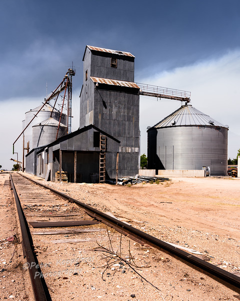 Grain Elevator, Lingle, WY