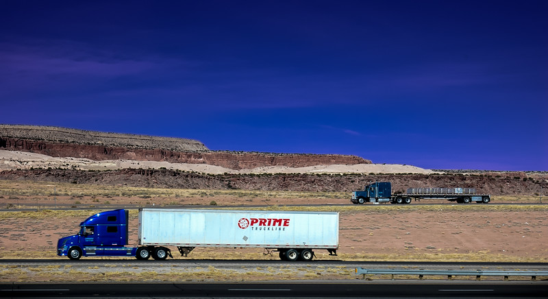 0_truck_landscape_111508_10