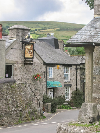 The Old Inn at Widecombe-in-the-Moor had good food.