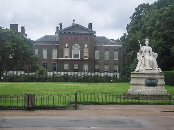 Kensington Palace, where Victoria (at R) grew up.