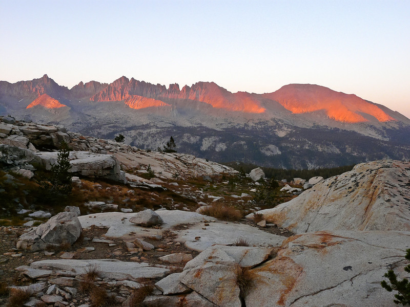 Last sunset glow on the Kaweah Peaks Ridge.