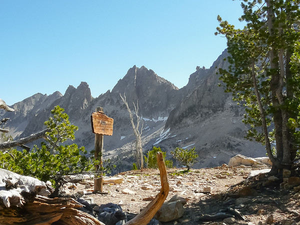And here is the (signed) pass.  The top of Cramer Divide is at 9500' and was the highest point on my trip.