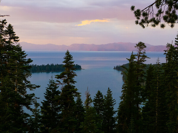 After dinner, we drove north on 89 to Inspiration Point.  Emerald Bay and the whole of Lake Tahoe.
