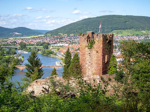 First I went to an overlook above Mildenburg Castle where I could look down on the tower and walls (but I couldn't enter from here.)