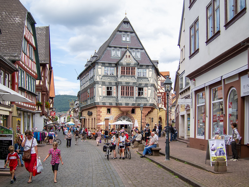 """Miltenberg's Hotel zum Riesen, """"ältestes Gasthaus Deutschlands"""". (Germany's oldest guesthouse.) Documented to 1411.  Thought to be from  the mid 12th century."""