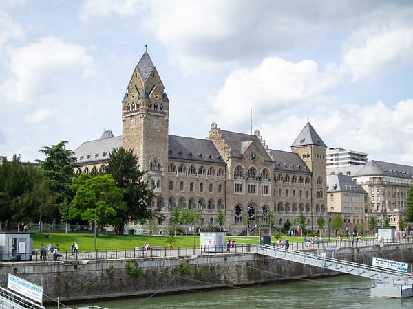 We finally got going.  Cruising out of Koblenz past the 19th century Prussian government building.