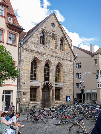 Christuskirche, built in 1470 on the foundation of a former synagogue.  But the blue sign informs us this is Judenstraße.