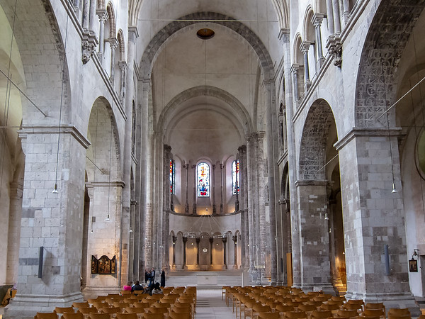Later, we returned to the reconstructed Romanesque Groß St. Martin church.