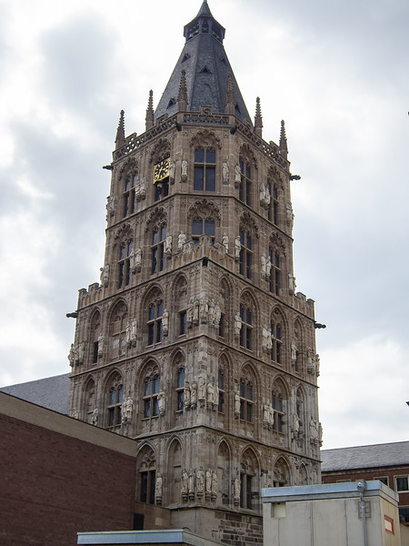 Ratsturm -- city hall tower -- as viewed from in front of the Dom.