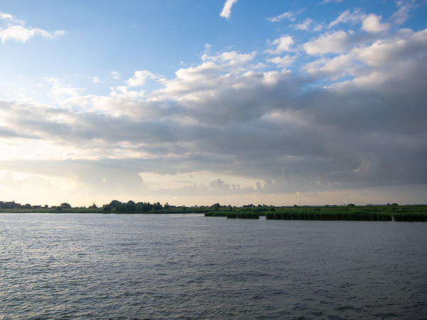 Monday, July 16.  Early this morning we were on the Lek River in the Dutch countryside.  I can see the inspiration for the 17-th century painters in today's sky.
